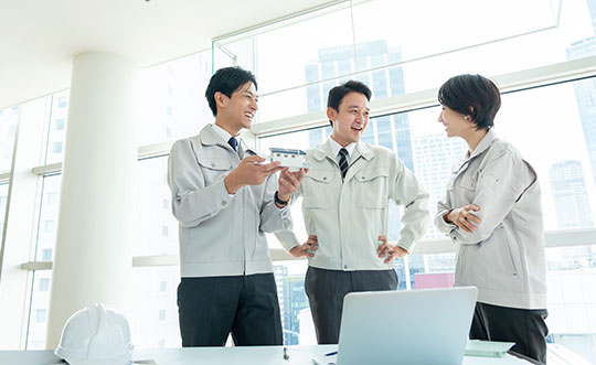 建設業界特化のサイトが簡単に作れる